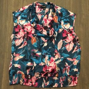 Lane Bryant floral scoop neck top